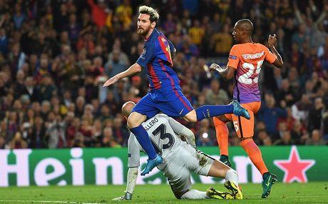 Nhin Messi huy diet Pep, Ronaldo co them khong? - Anh 2