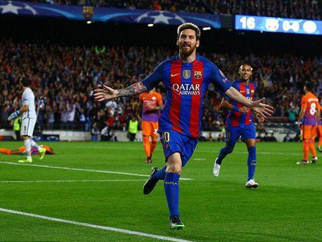 Guardiola nho be va bat luc trong the gioi cua thien tai Messi - Anh 4