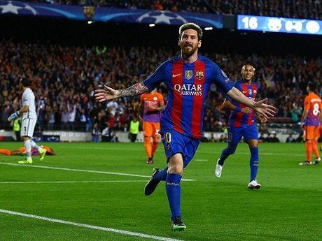 Guardiola nho be va bat luc trong the gioi cua thien tai Messi - Anh 5