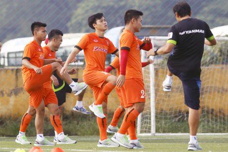 HLV U19 Thai Lan tu chuc, tuyen Viet Nam nhan tin vui truoc cuoc do suc FC Seoul - Anh 2