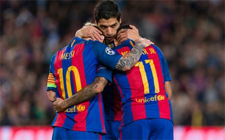 Ket qua bong da hom nay 20/10: Barca va Arsenal 'huy diet' doi phuong - Anh 1