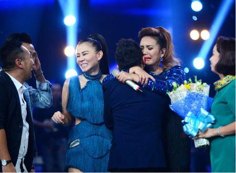 Janice Phuong lan dau bieu dien o Ha Noi sau khi len ngoi Quan quan Vietnam Idol - Anh 1