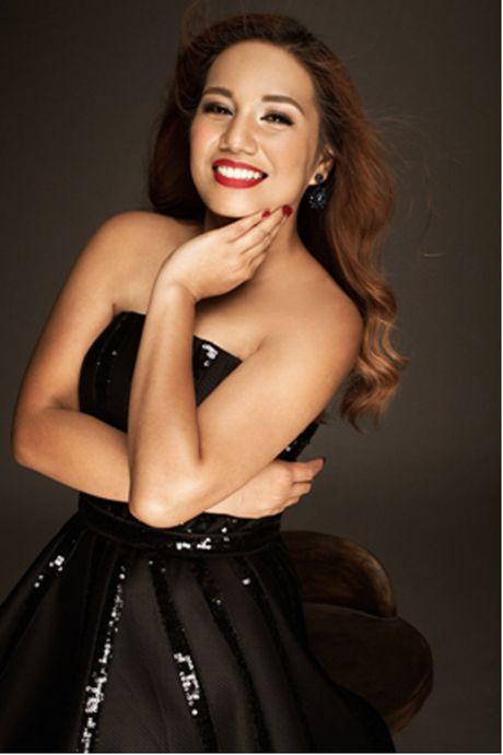 Janice Phuong lan dau bieu dien o Ha Noi sau khi len ngoi Quan quan Vietnam Idol - Anh 3