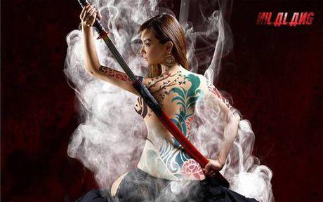 Maria Ozawa khoe lung tran goi cam trong phim chinh thong dau tien - Anh 1