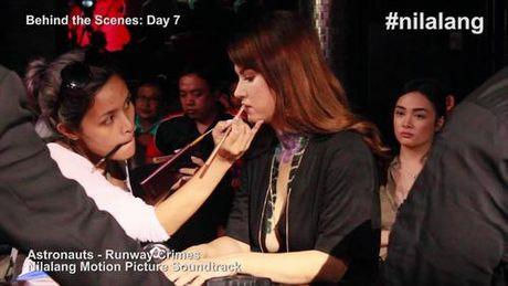 Maria Ozawa khoe lung tran goi cam trong phim chinh thong dau tien - Anh 6