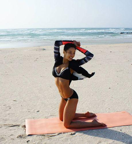 Than hinh 'than Ve Nu' cua my nhan phong gym xu Han - Anh 9
