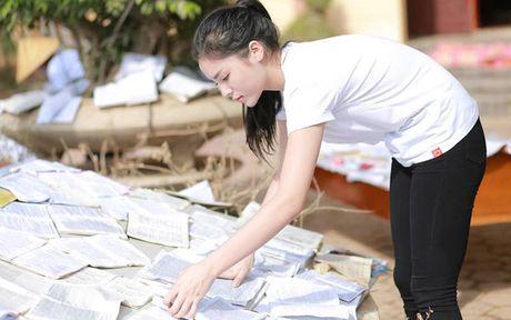 Ky Duyen khe ne be mi tom, gao, chan den voi vung lu lut Quang Binh - Anh 8