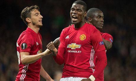 Man United 4-1 Fenerbahce: Cau tra loi cua Paul Pogba - Anh 1