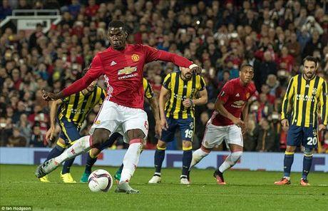Man United 4-1 Fenerbahce: Cau tra loi cua Paul Pogba - Anh 3