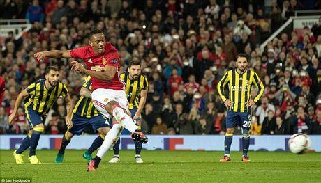 Man United 4-1 Fenerbahce: Cau tra loi cua Paul Pogba - Anh 4