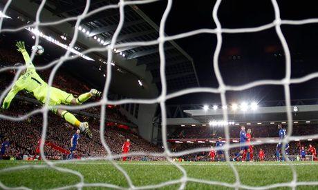 Goc nhin: Liverpool huong loi nho bai tap Mourinho - Anh 2