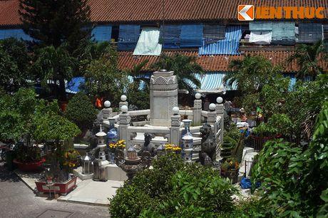 Kham pha ngoi cho co noi tieng cua nguoi Hoa Cho Lon - Anh 11