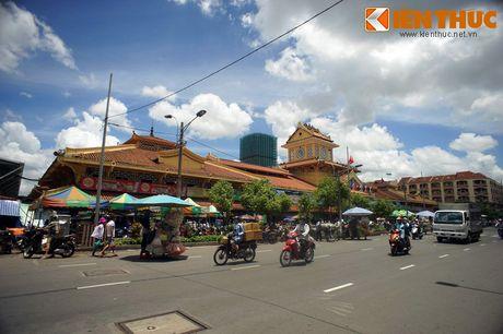 Kham pha ngoi cho co noi tieng cua nguoi Hoa Cho Lon - Anh 12