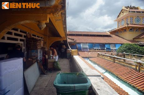Kham pha ngoi cho co noi tieng cua nguoi Hoa Cho Lon - Anh 15