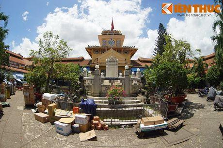 Kham pha ngoi cho co noi tieng cua nguoi Hoa Cho Lon - Anh 22