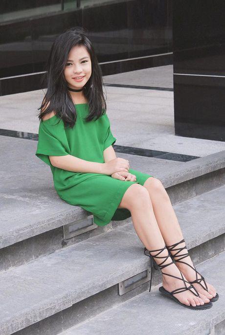 Phong cach 'chat dung hoi' cua be gai 10 tuoi Sai thanh - Anh 2