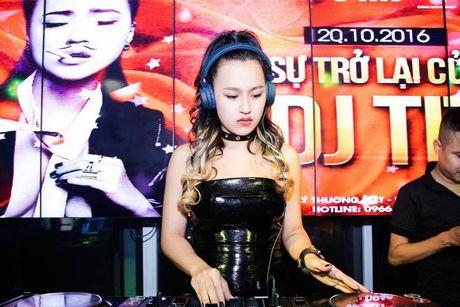 DJ Tit tai xuat khoe dang nuot sau gan 2 thang sinh con - Anh 3