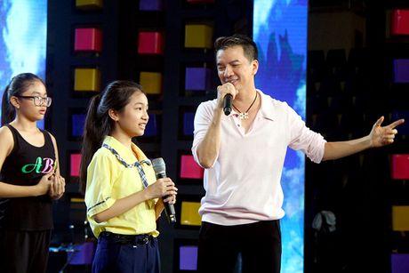 Dam Vinh Hung song ca cung thi sinh Nguoi hung ti hon - Anh 1