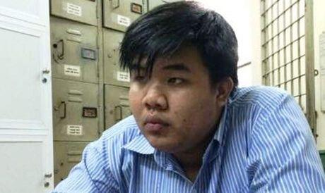 Thanh nien 18 tuoi gia nha su tren Facebook, lua dao 600 trieu dong - Anh 1