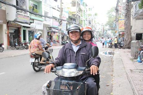 Dam cuoi 'khong lo' 60 cap doi o Sai Gon: Khi con tim nghen lai - Anh 2