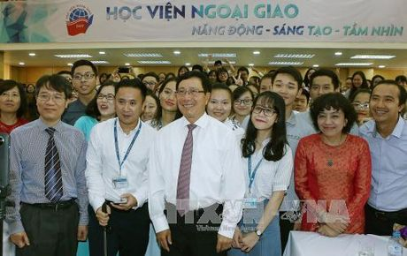 Pho Thu tuong Pham Binh Minh du khai giang Hoc vien Ngoai giao - Anh 1