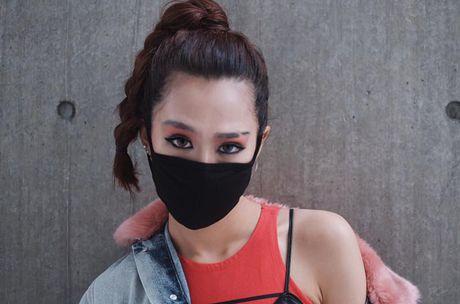 Min bit mat chat lu trong ngay cuoi o Seoul Fashion Week - Anh 2