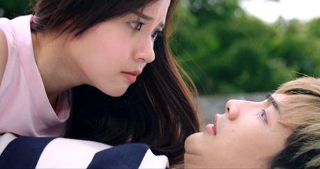 Minh Thuan xuat hien chop nhoang trong 'Bi an song sinh' - Anh 1
