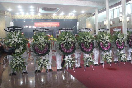 Hang ngan nguoi tien biet 3 phi cong hy sinh tai Ba Ria - Vung Tau - Anh 2
