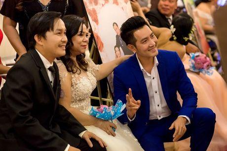 Vo chong Ly Hai - Minh Ha nhu 'co dau chu re' trong su kien cuoi - Anh 7