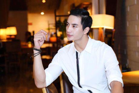 Nam vuong Van Son dien trai, lich lam ben Truong Ngoc Anh - Anh 4