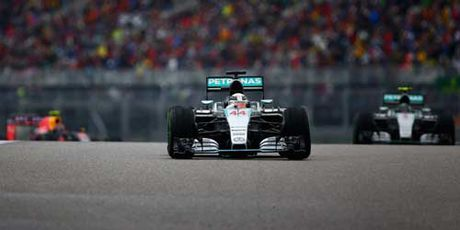 F1 US GP 2016: Hamilton tim hy vong cuoi duong - Anh 1
