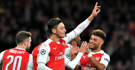 Arsenal – Wenger thang hoa: Nhung ngay dep troi - Anh 2