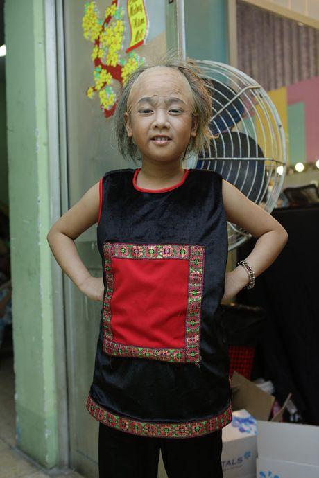 Phuong My Chi - Nam Cuong tro lai san khau 'Guong mat than quen nhi' - Anh 11