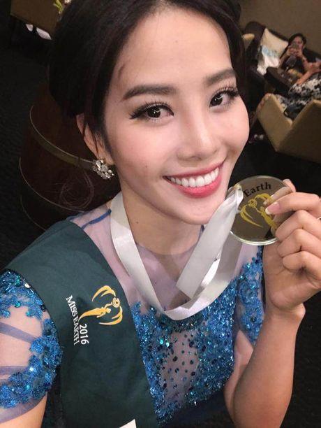 Nam Em gianh giai nhi tai phan thi Trang phuc da hoi - Anh 2