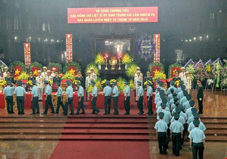 May bay mat tich o Vung Tau: That long phut tien biet 3 phi cong hy sinh - Anh 4