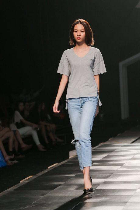 Minh Tu dien quan jeans tre khoe noi y - Anh 5