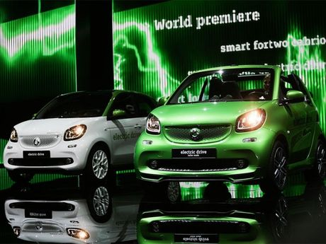 10 xe dien va hybrid xuat xu chau Au tot nhat the gioi - Anh 9