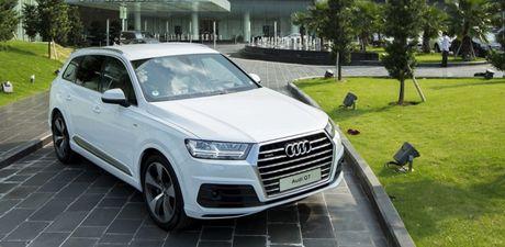 Audi trieu hoi Q7 do loi an toan - Anh 1