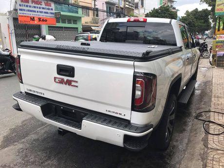 Ban tai 'khung long' GMC Sierra 1500 Denali ve Viet Nam - Anh 2
