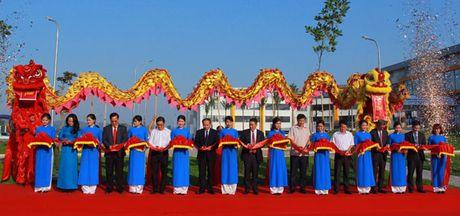 Khanh thanh nha may may co tong von dau tu 50 trieu USD tai Vinh Phuc - Anh 1