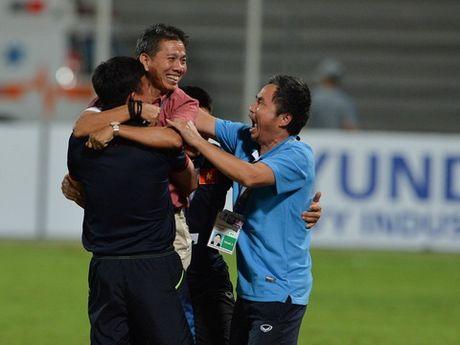 HLV Hoang Anh Tuan tu hao voi chien tich lich su cua U19 Viet Nam - Anh 1