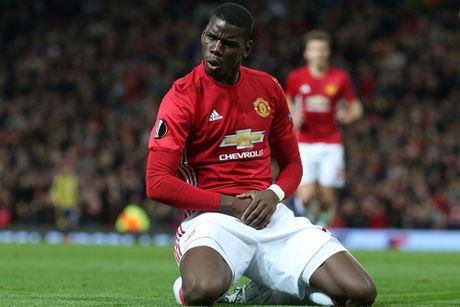 Jose Mourinho tin Paul Pogba HAY NHAT van chua xuat hien - Anh 1