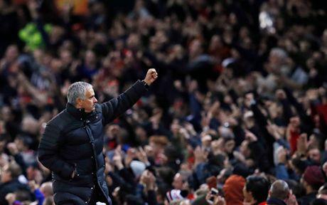 Jose Mourinho tin Paul Pogba HAY NHAT van chua xuat hien - Anh 4