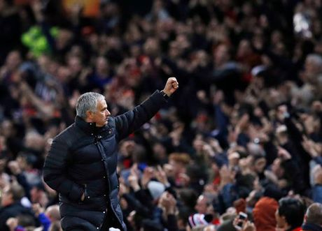 Conte san sang chao don 'ke thu' Mourinho o Stamford Bridge - Anh 2