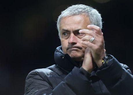 Conte san sang chao don 'ke thu' Mourinho o Stamford Bridge - Anh 4