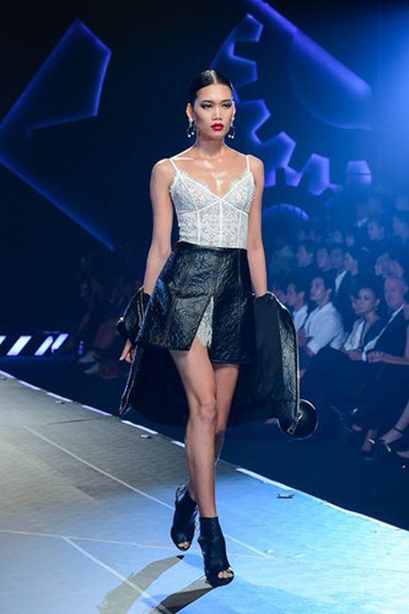 Dan mau Top Model do bo show dien cua NTK Chung Thanh Phong - Anh 10