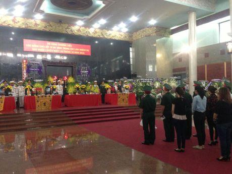 Xuc dong tien biet 3 phi cong hy sinh trong vu roi truc thang - Anh 1