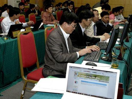 Ngay 8-11: Bo Tai nguyen Moi truong doi thoai truc tuyen voi dan - Anh 1