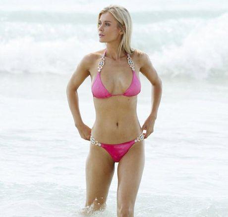 Joanna Krupa - fan nu Liverpool dot nong ca bai bien Miami - Anh 5