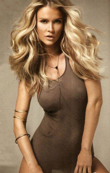 Joanna Krupa - fan nu Liverpool dot nong ca bai bien Miami - Anh 8